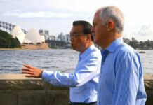Turnbull with chinese in sydney
