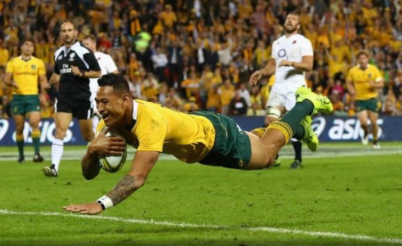 Israel Folau scores a try
